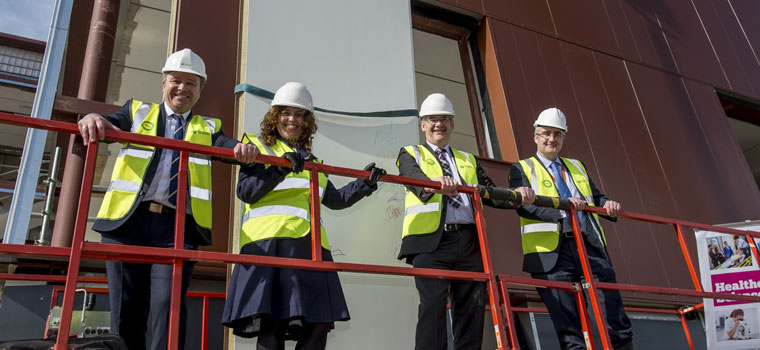 Sir Gary Verity Leads UTC Topping Out